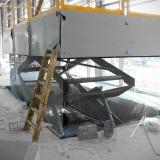 Araba showroomuna ait inşaat alanında zincir perde
