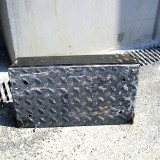 defekte Tränenblech-Pufferplatte eines Rampenpuppers