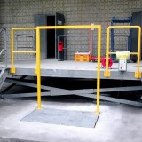 lifting table at normal height in front of loading platform