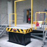 lifting table with gantry railing at loading platform