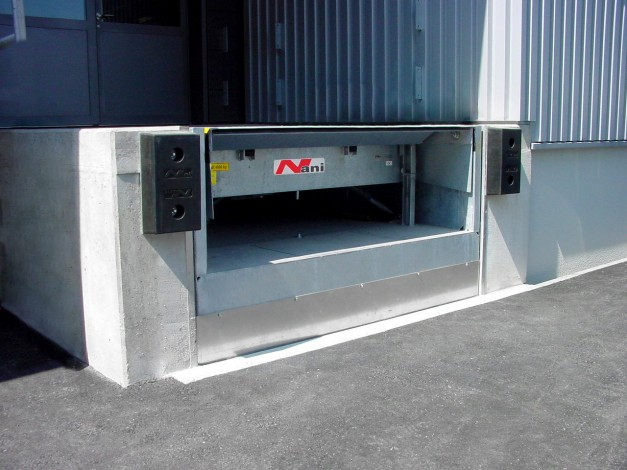 Lift Table with Telescopic Lip Leveller (HTVB)