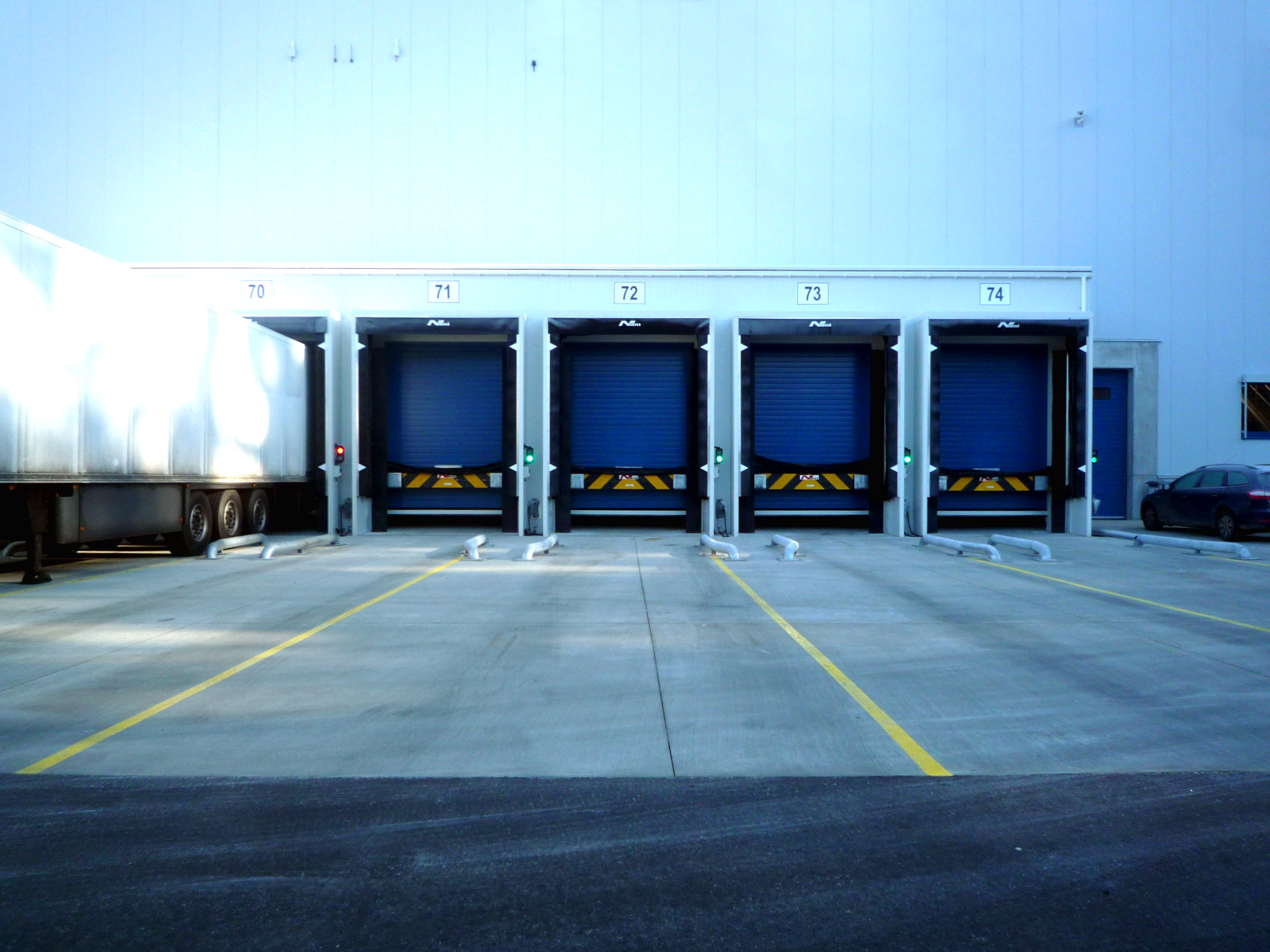 Cooldock in Conveyance Logistic