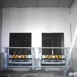 Yükleme kapılarının önündeki çarpışma koruma düzeneği
