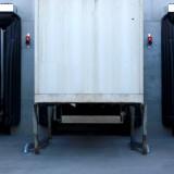 Ampeln – Lkw und Container über Einfahrhilfen rangiert