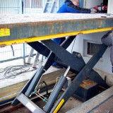 dismantling the old lifting table