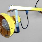 schwenkbare LED-Verladeleuchte signalfarben gelb